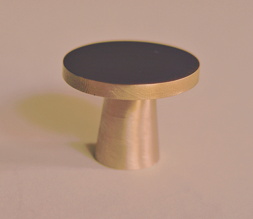 solid brass knob article 0174